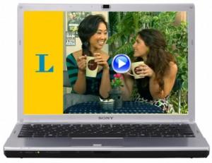 Laptop zeigt Langenscheidt Online-Videokurse