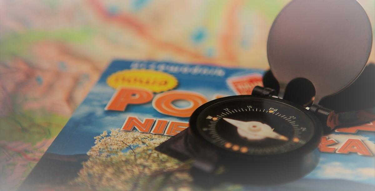 Reisewortschatz und Kompass